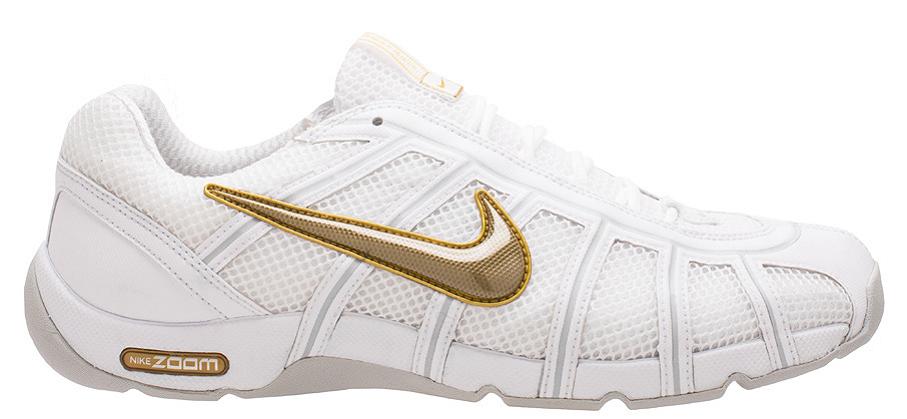 Παπούτσια ξιφασκίας NIKE χρυσό